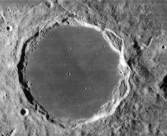Krater Platon