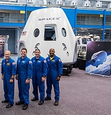 220px-SpaceX_Dragon_2_and_astronauts_201
