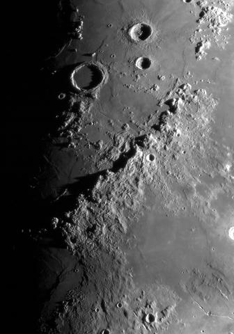 Archimedes,Aristillus,Autolycus i Apeniny_2_2.06.2017r_21.29_TS152F2270_ASI120M_H-alpha35nm_105%....jpg