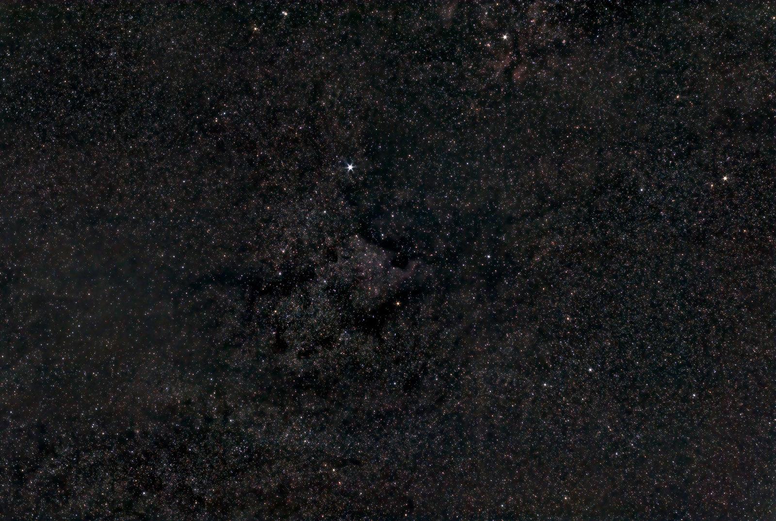 NGC 7000  1h 27m ISO-800 Powstańców Pentacon 50mm f5.6v3.jpg