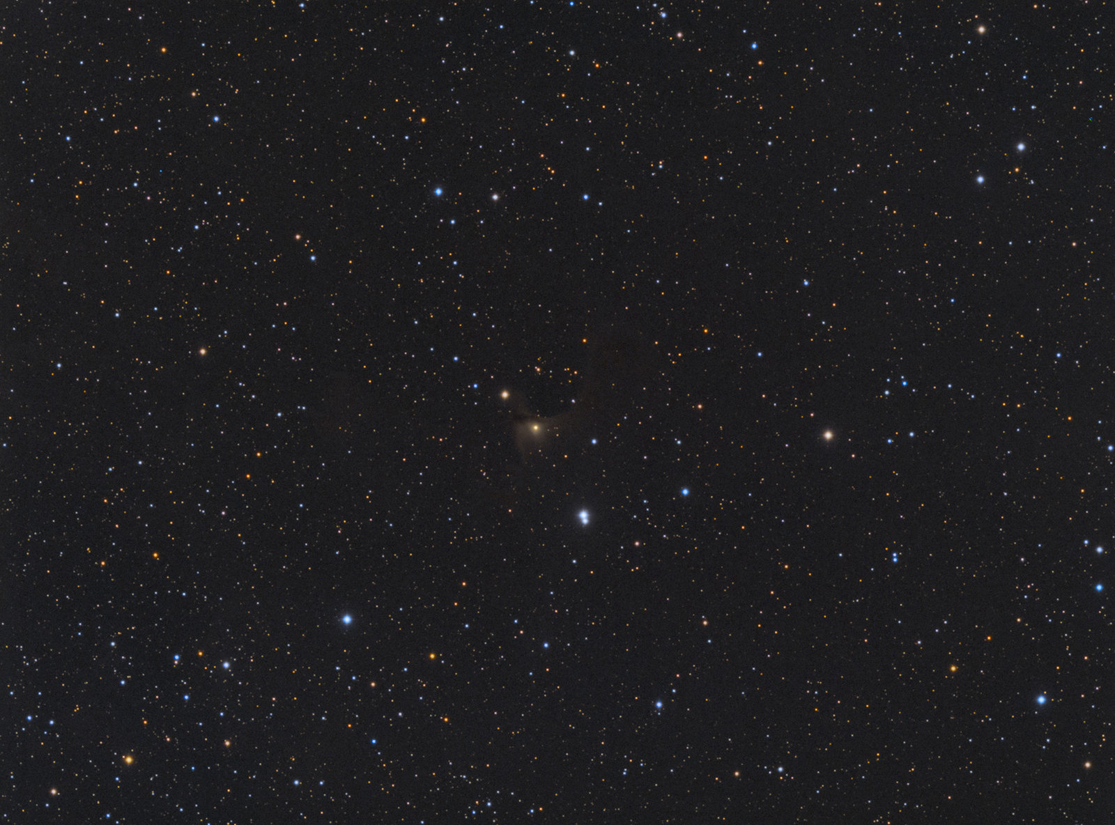 vdB141_RGB_SC_eXc_HT_cr_cb_ARG_col_stars_col_stars_bckgr_ALR_ALR_col_1.jpg