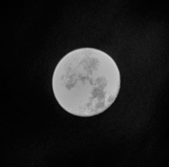 Moon2_crop.jpg.3e9f823d95a729f6b995ae5032d211c3.jpg
