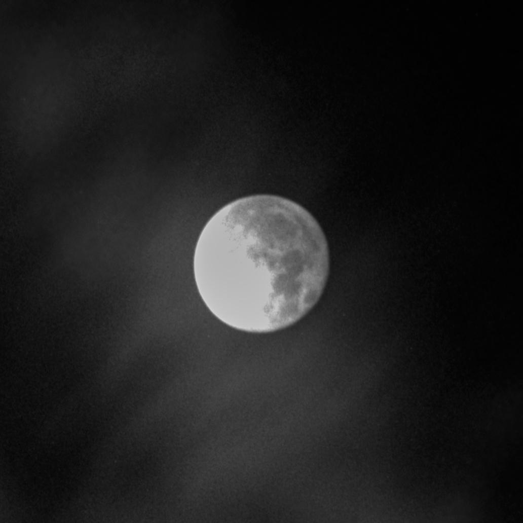 Moon3_crop.jpg.a80cd25f37dbf8a60aefd5b6fbe4fdb8.jpg