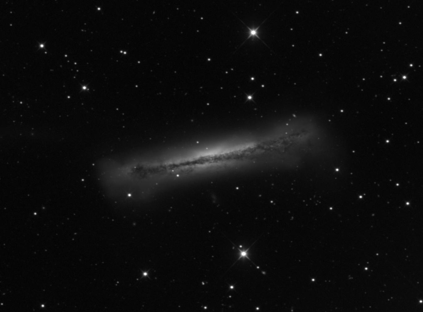 5ad4698e314d4_NGC3628mono.png.5933b81d0aaf00d975f4c61c4fb8d6cb.png