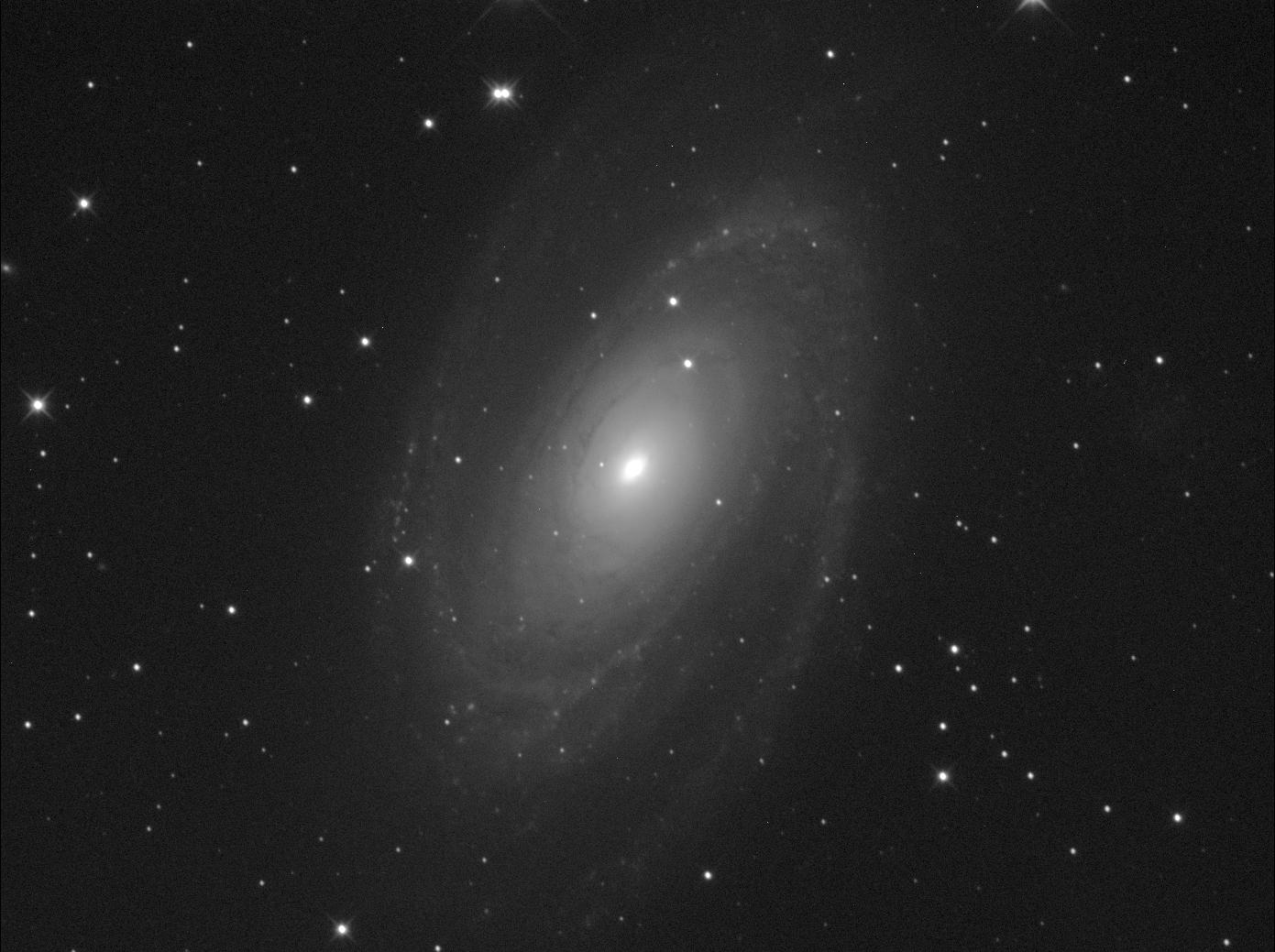 1602195888_Messier81_300sec_1x1__frame8.png.e98d9989b82d588253540c84144ff0eb.png