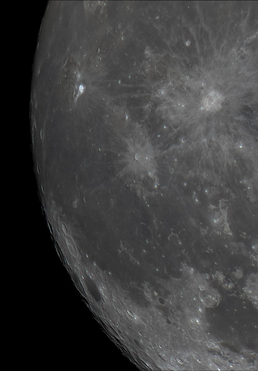 Moon_00234061218r_stitch.jpg