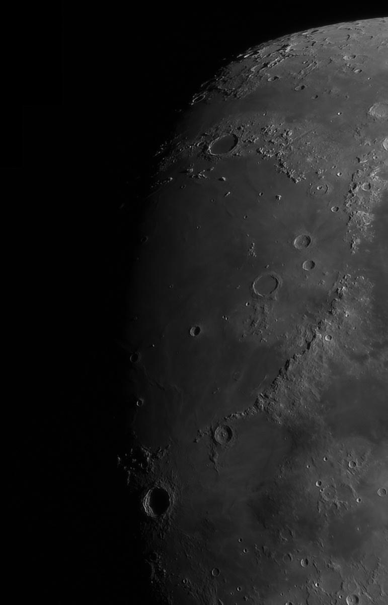 Moon_22144364179_stitchr-5.jpg