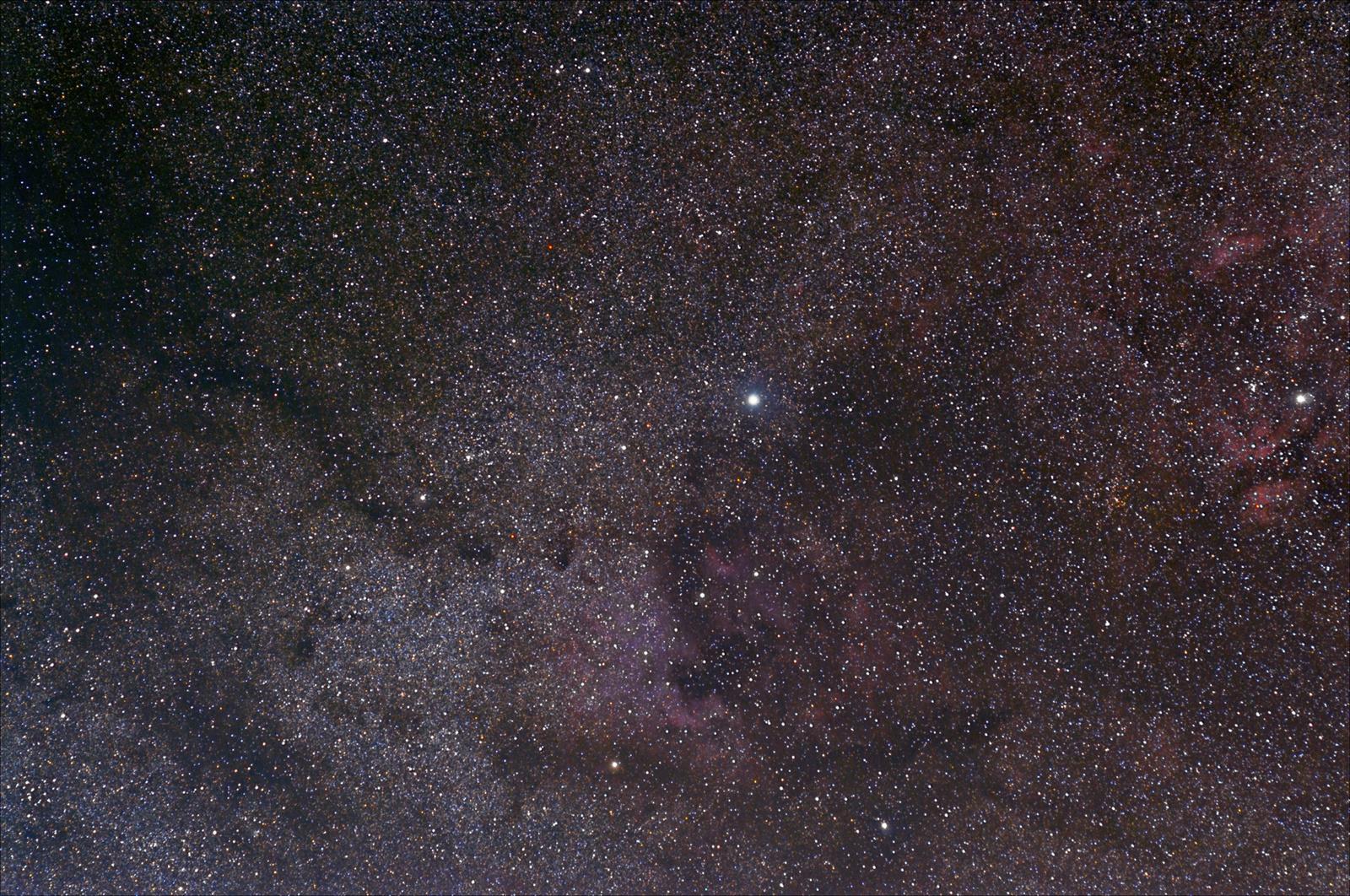 NGC7000_okolice.jpg