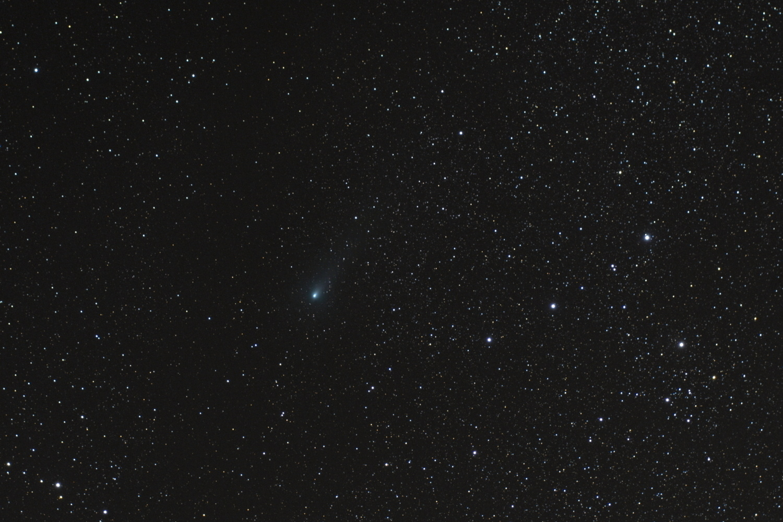 Kometa_21P_Giacobini_Zinner_21x60s.jpg