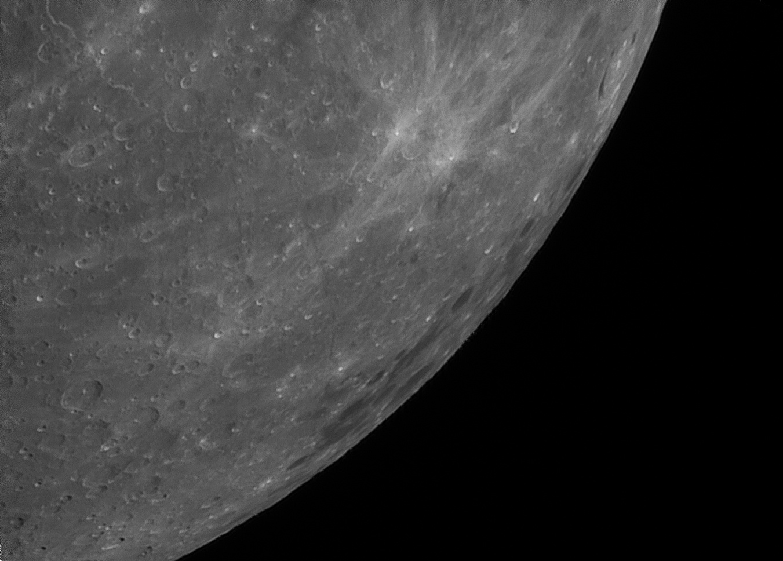 Moon_211937_l6_ap3885.jpg