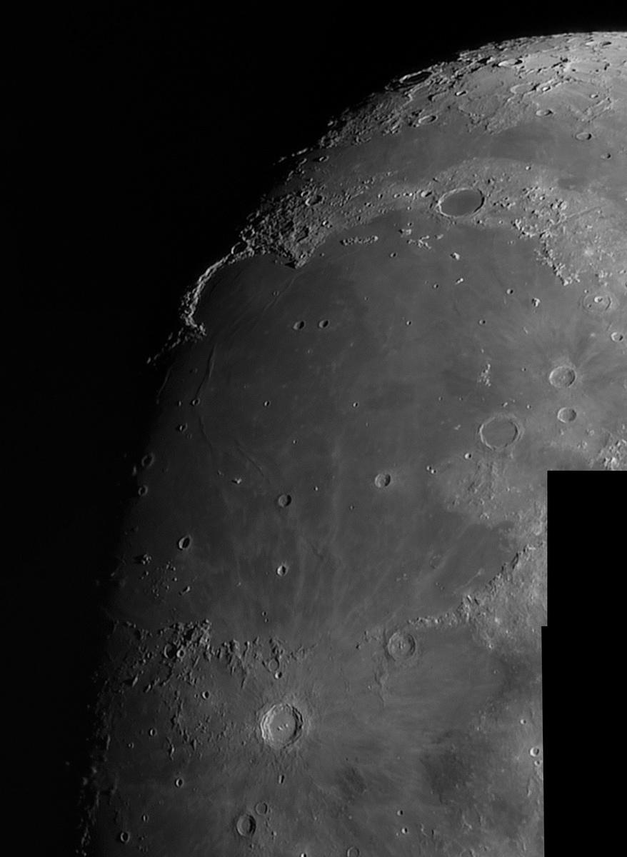 Moon_212518_l6_ap3636_stitch.jpg