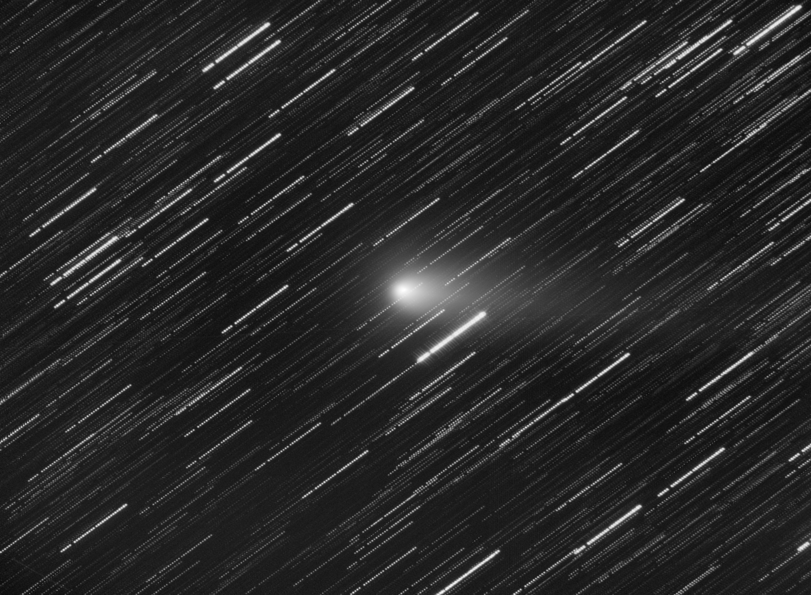 1060915059_21PGiacobini_Zinnerintegration_ABE_Resample-cometstack.thumb.png.2644af0f27e8048c9004a02881f4f6d8.png