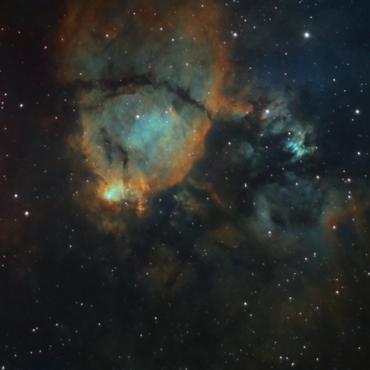 NGC896_flip.thumb.jpg.dbe44dbc2ea940c81737e1478019ada5.jpg