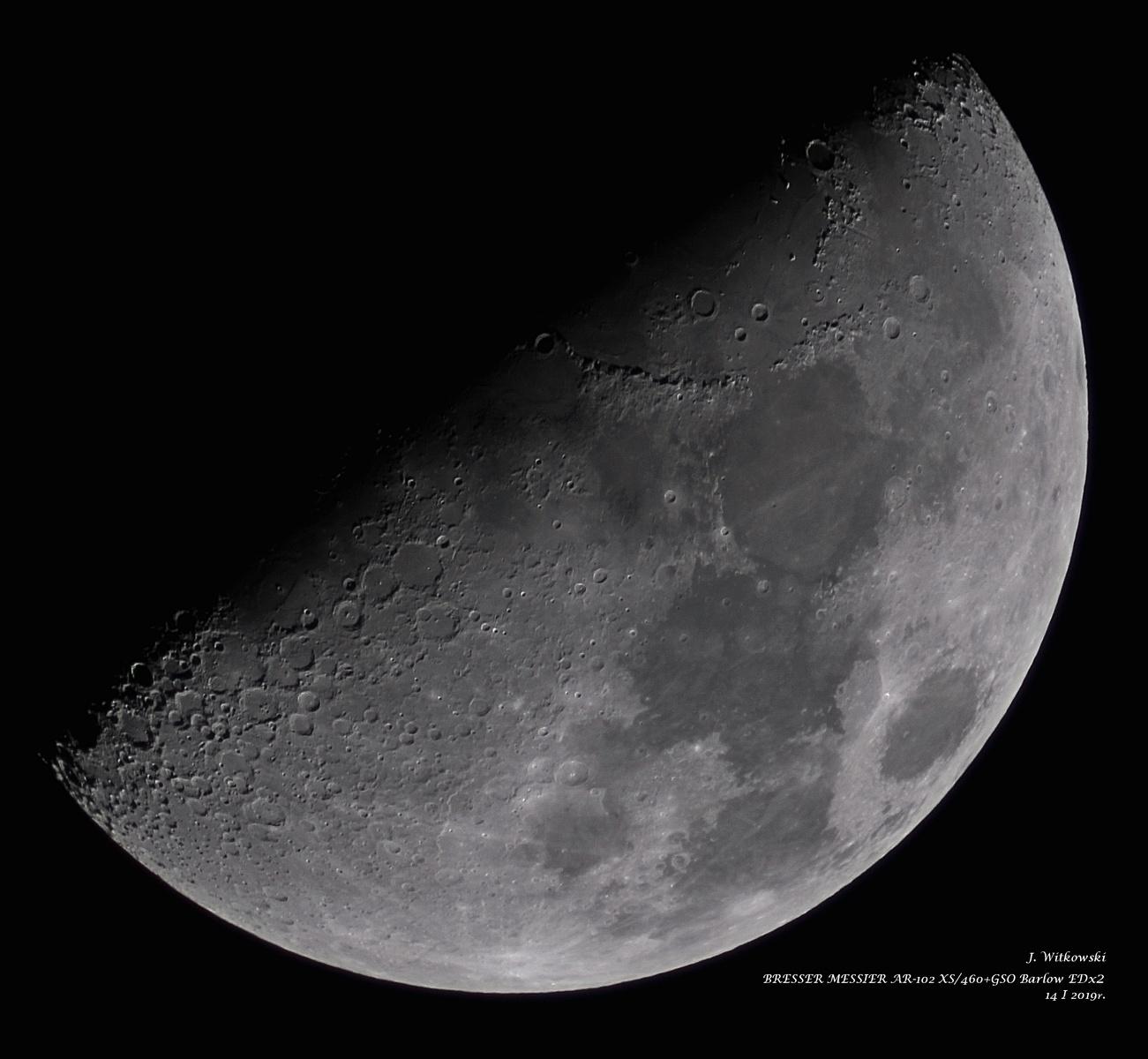 Księżyc 01-14 - wiek 8,9 dni-56,1%-dystans 389,7 tys km.jpg