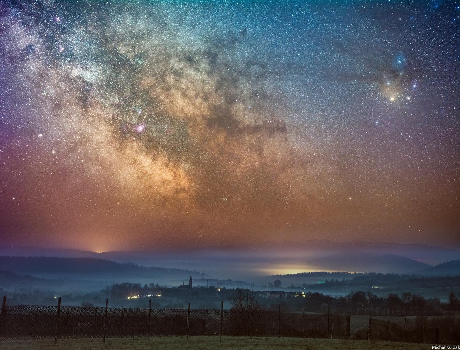 Droga Mleczna Lutowiska mniejszy.jpg