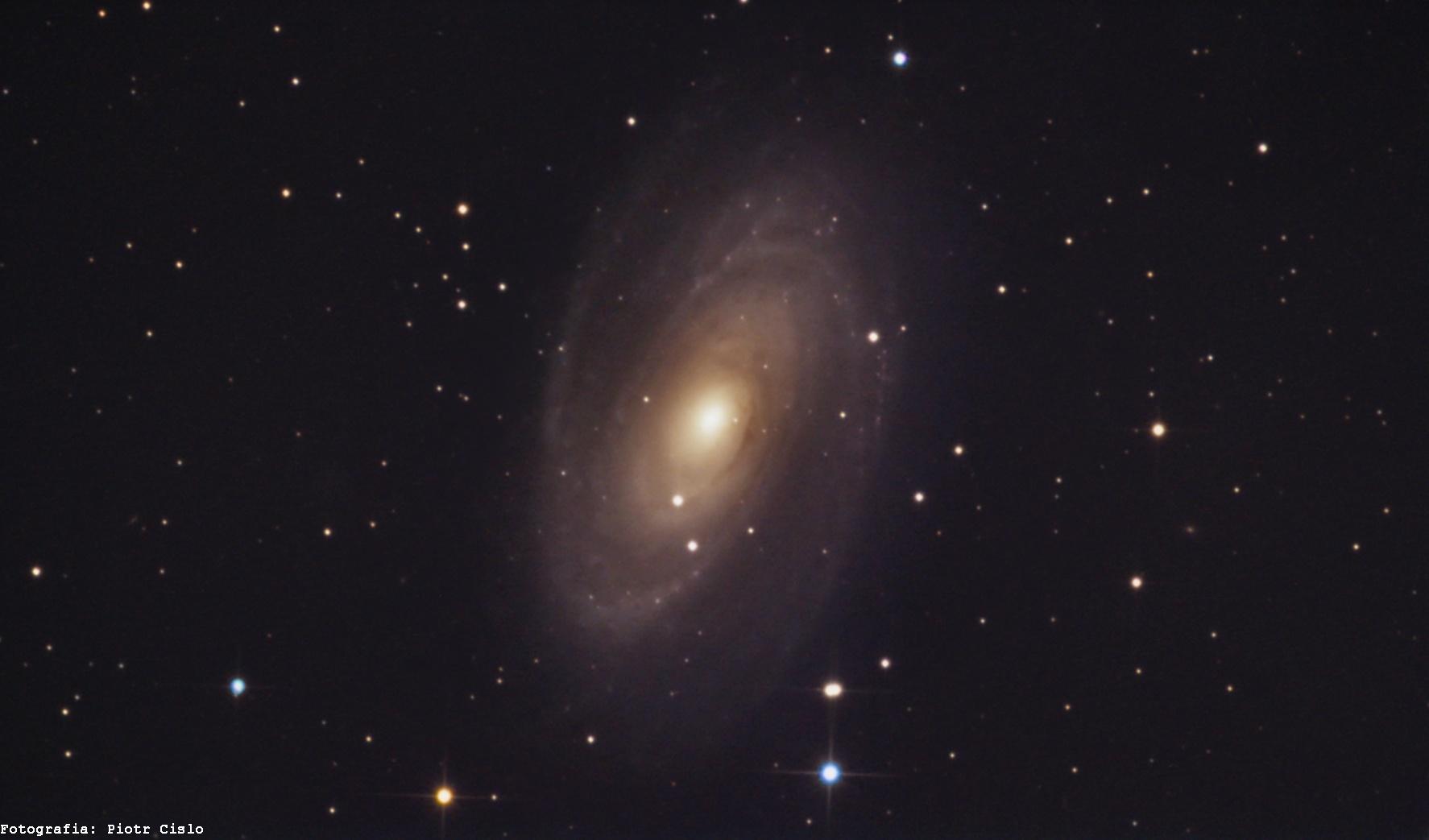 M81 z ASI 385 mcc