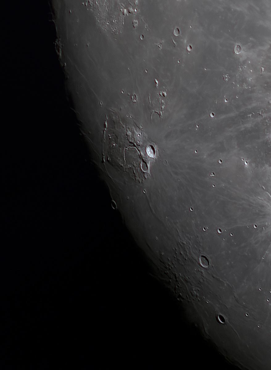 Moon_19290863947_stitch-4.jpg