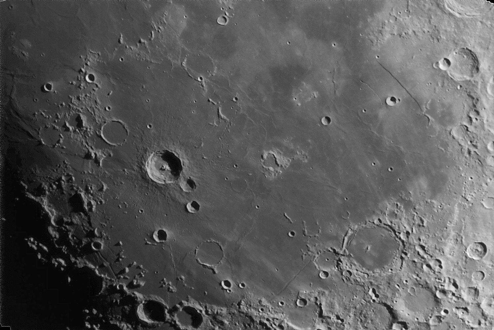 Moon_232811_g3_ap344_conv pop.jpg