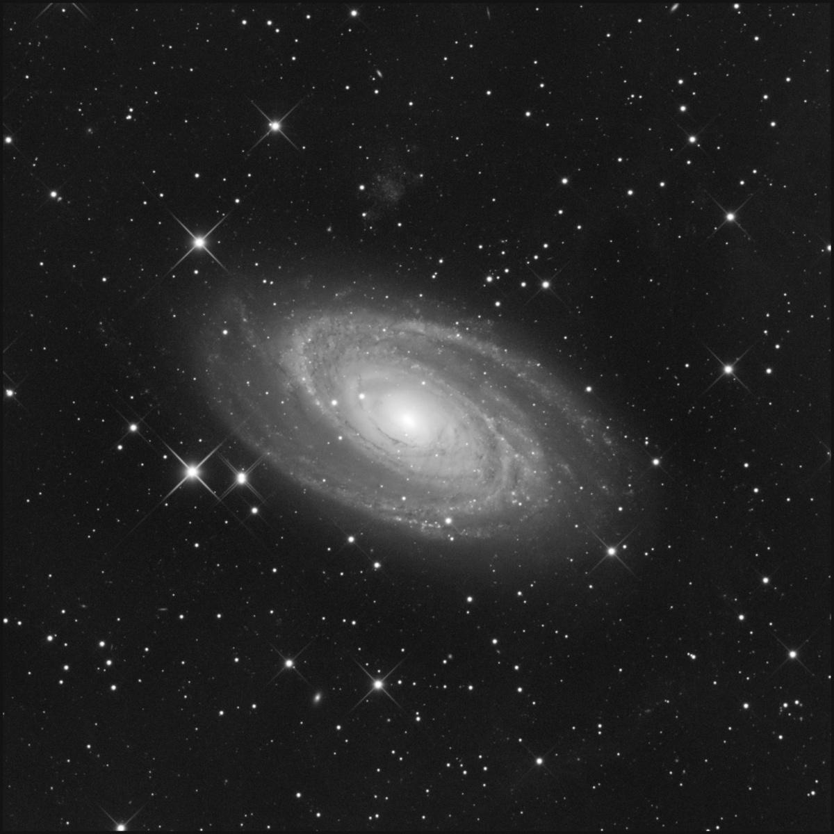 M81-Lx22bis3.jpg
