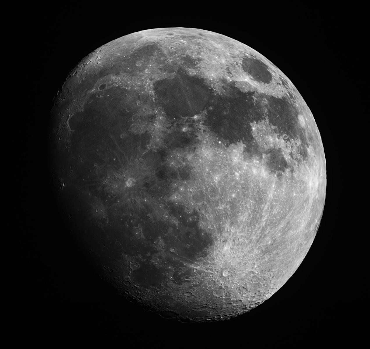Moon.thumb.jpg.97b6f419ab6359919bb09a8af3d56ac8.jpg