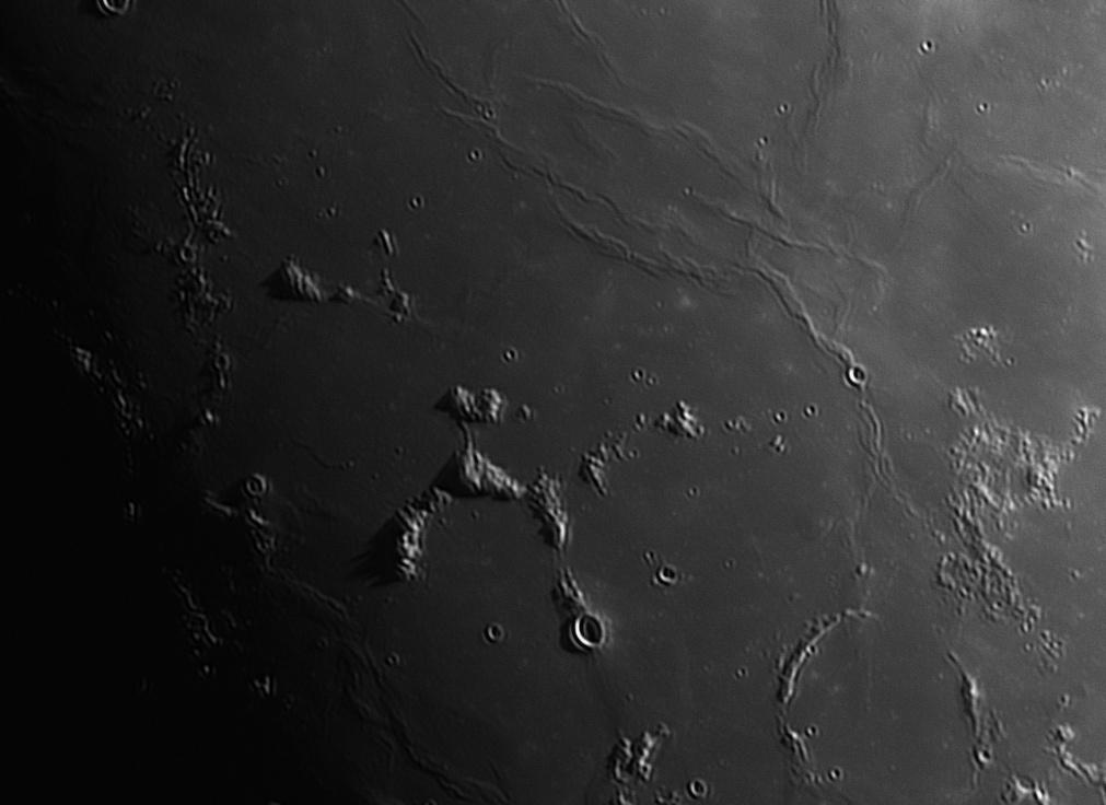 _moon_2019_04_15_ci_1.jpg.f3fc1aed0ece7dc28794a4219f46c427.jpg