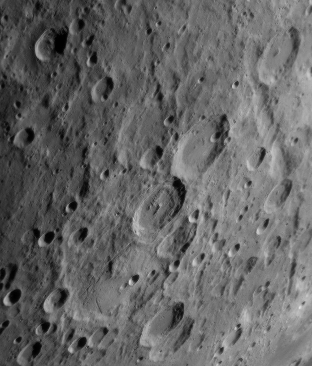 Rheita Vallis Jansen, Fabricus Metius 20190510_194249_g4_ap475_conv pop.jpg