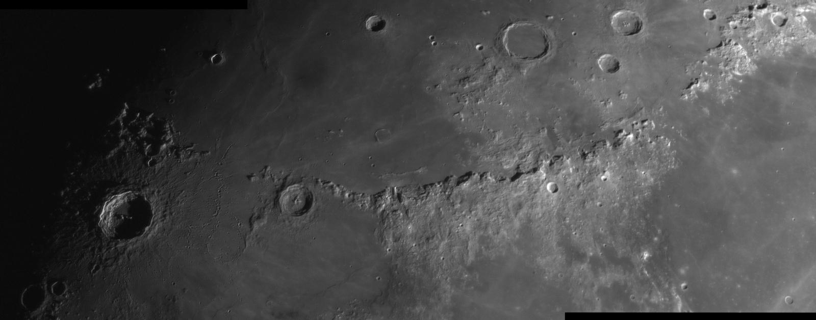 1125005378_Panorama_CopernicusEratosthenesiApeninyB2x_11_07.2019r_20.45_TS152F2600_ASI290MM_Halpha35nm_mozaika105....thumb.jpg.bbeaa78a8a0a9df52055fa1946344aff.jpg