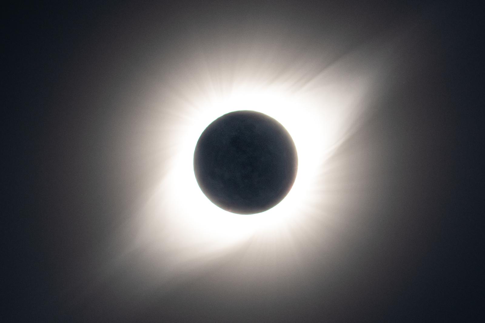 _MGL8504-earthshine.thumb.jpg.4fd96dd3427014817fbe5ad7afd46b20.jpg