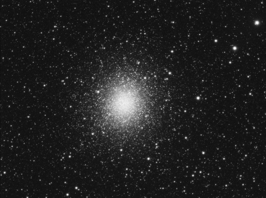 Omega Centauri comparison-kopia.jpg