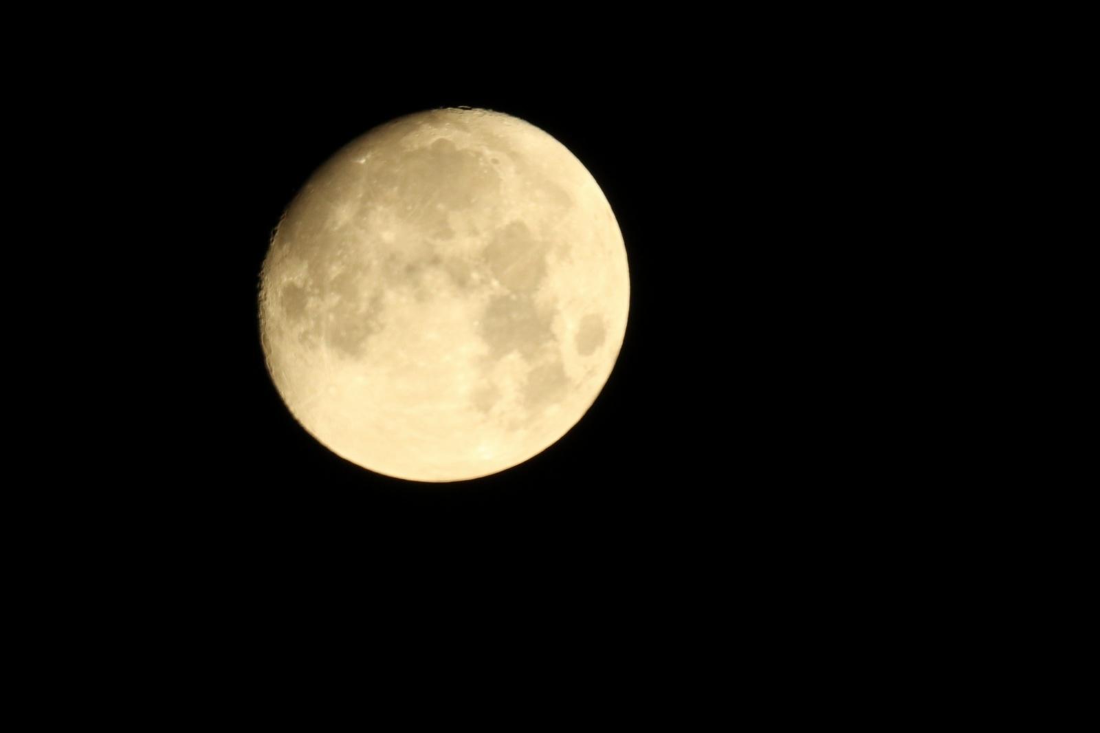 Księżyc ognisko.JPG