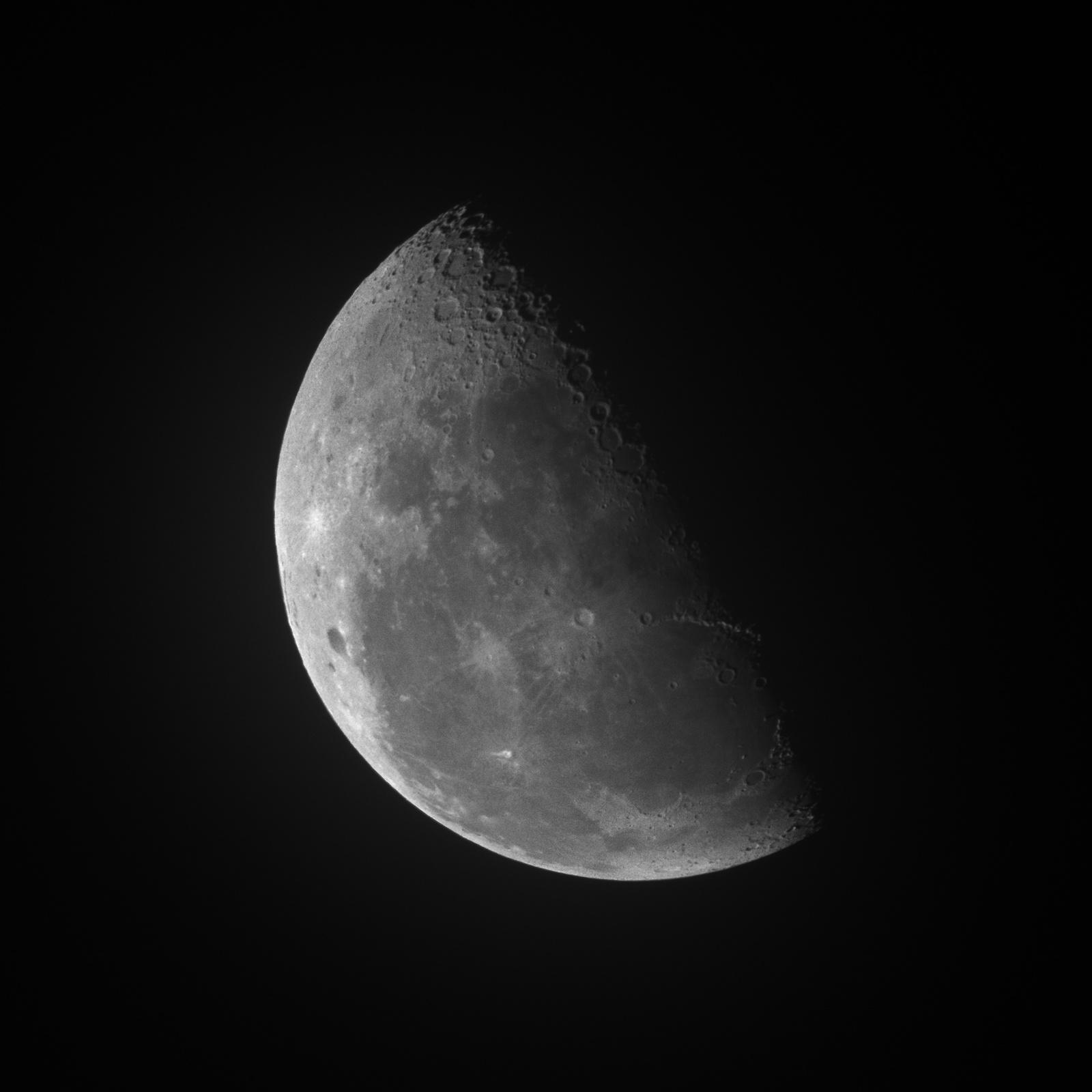 moon_20102019.jpg