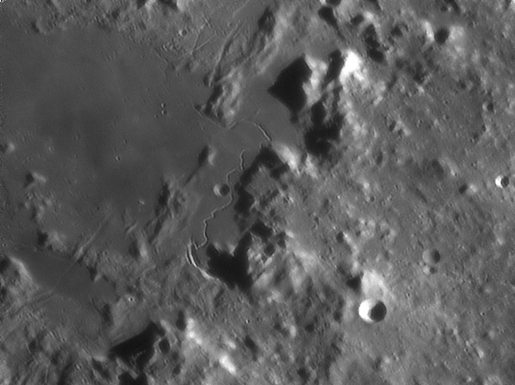 Moon0080 18-03-25 21-38-30_pp 2x50 2x100 2x150 Rima Hadley cut.jpg