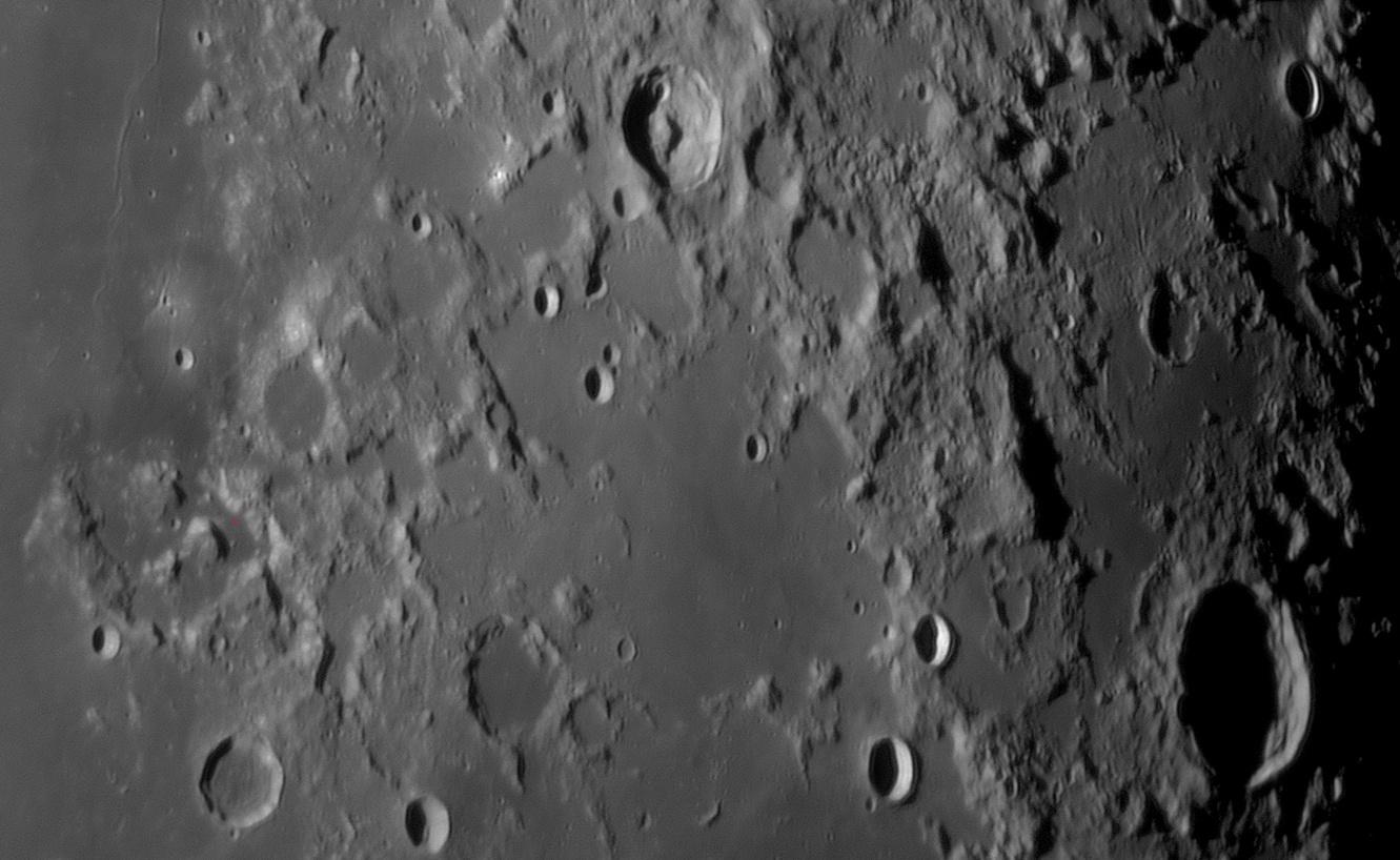 Apollo_17_landing_site.jpg.a0e42659ad83eb707e96f1ab979a68e8.jpg