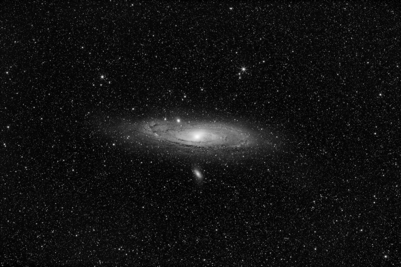 M31_62L_ABEmax_stars_core_LUM_2000px.jpg
