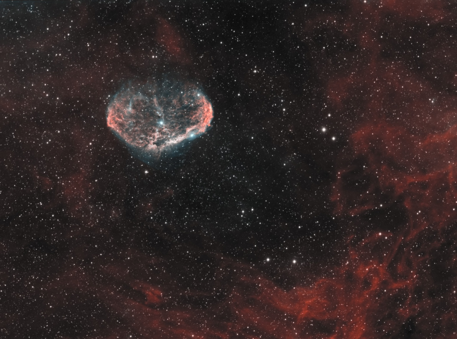NGC6888_HST_MIXSHO_AIP_denoise_1920px.jpg