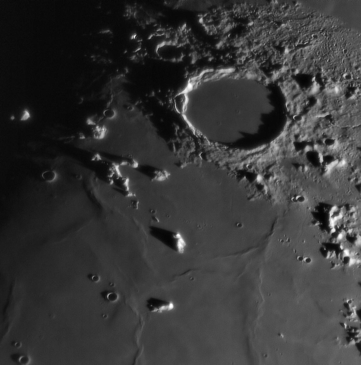 Montes Teneriffe Mons Pico Plato 20191205_175100_g4_ap304_conv pop IR.jpg