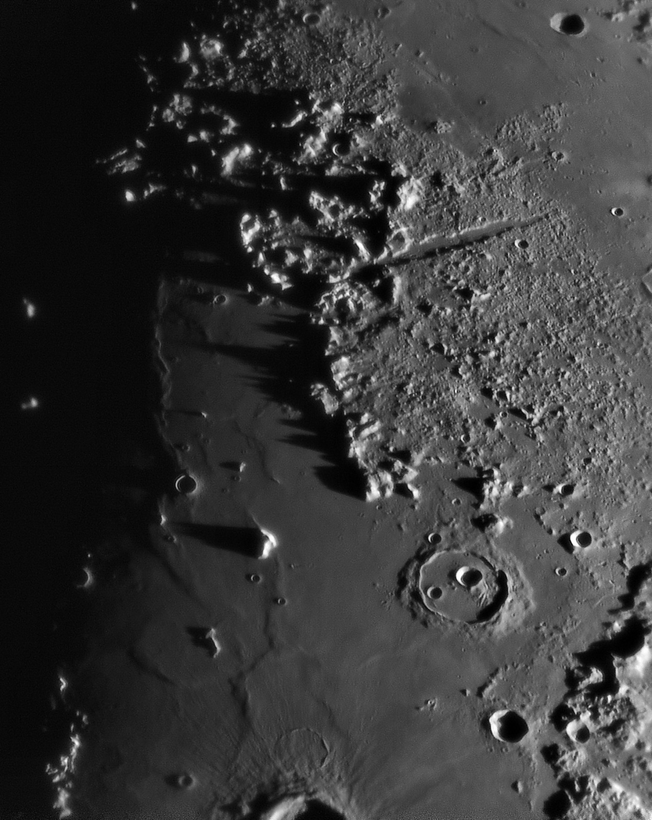 Moon 20191204_194019_g4_ap497_conv pop.jpg