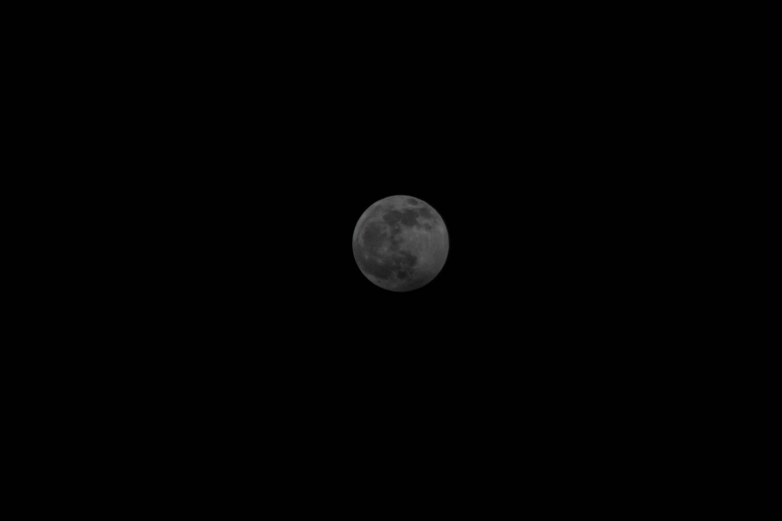 Półcieniowe zaćmienie Księżyca 10.01.2020 (3 z 1).jpg