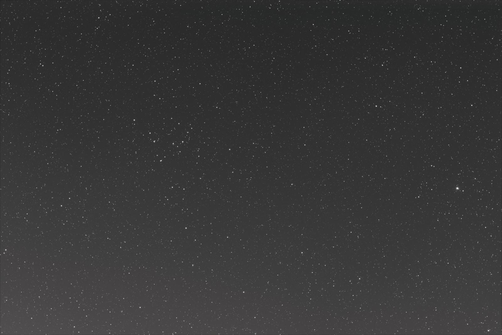 Warkocz Bereniki gromada gwiazd.jpg