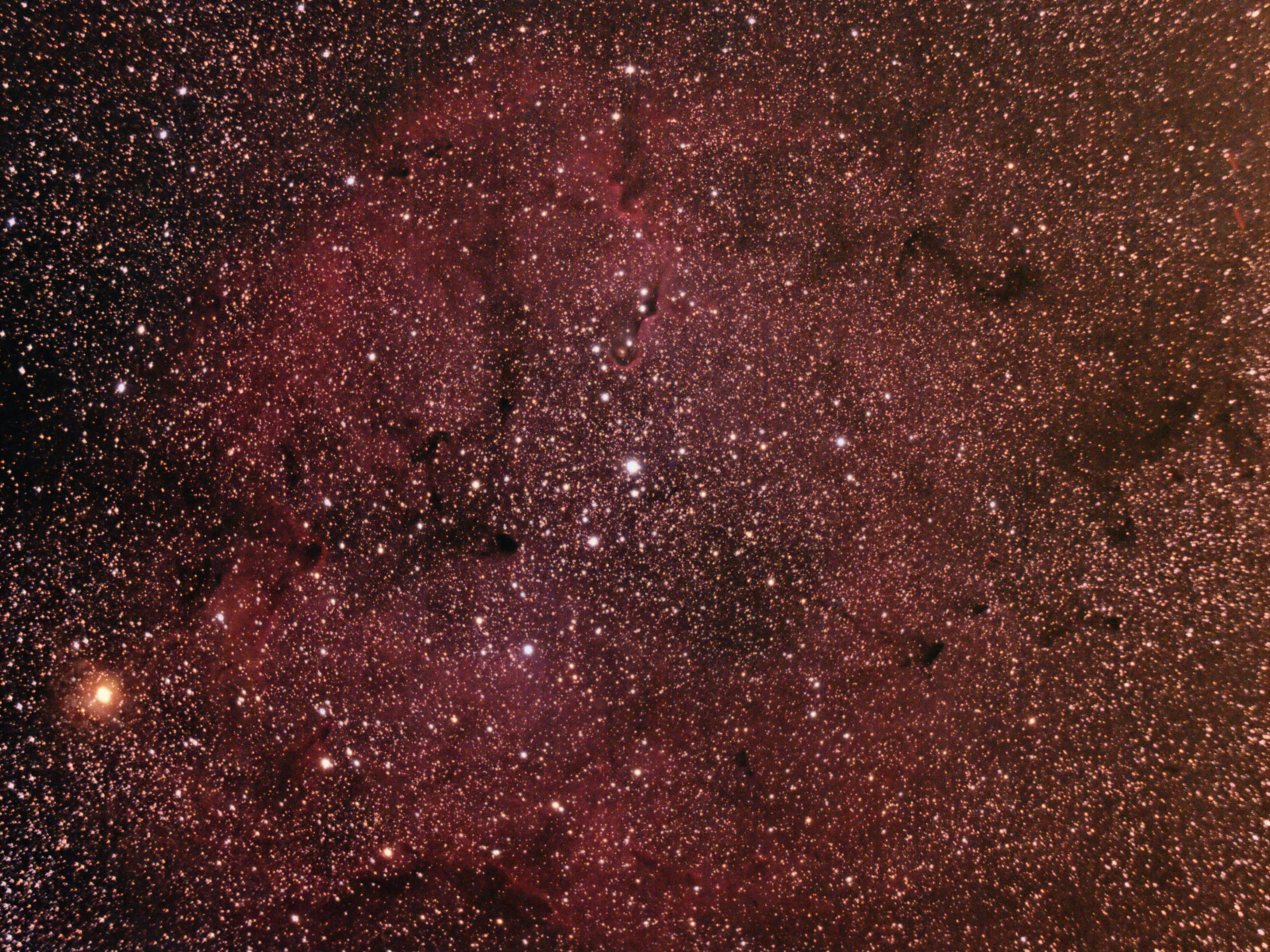 IC1396_stack2.thumb.jpg.433a70f099b2c7c8c0fa126361bdc8a3.jpg
