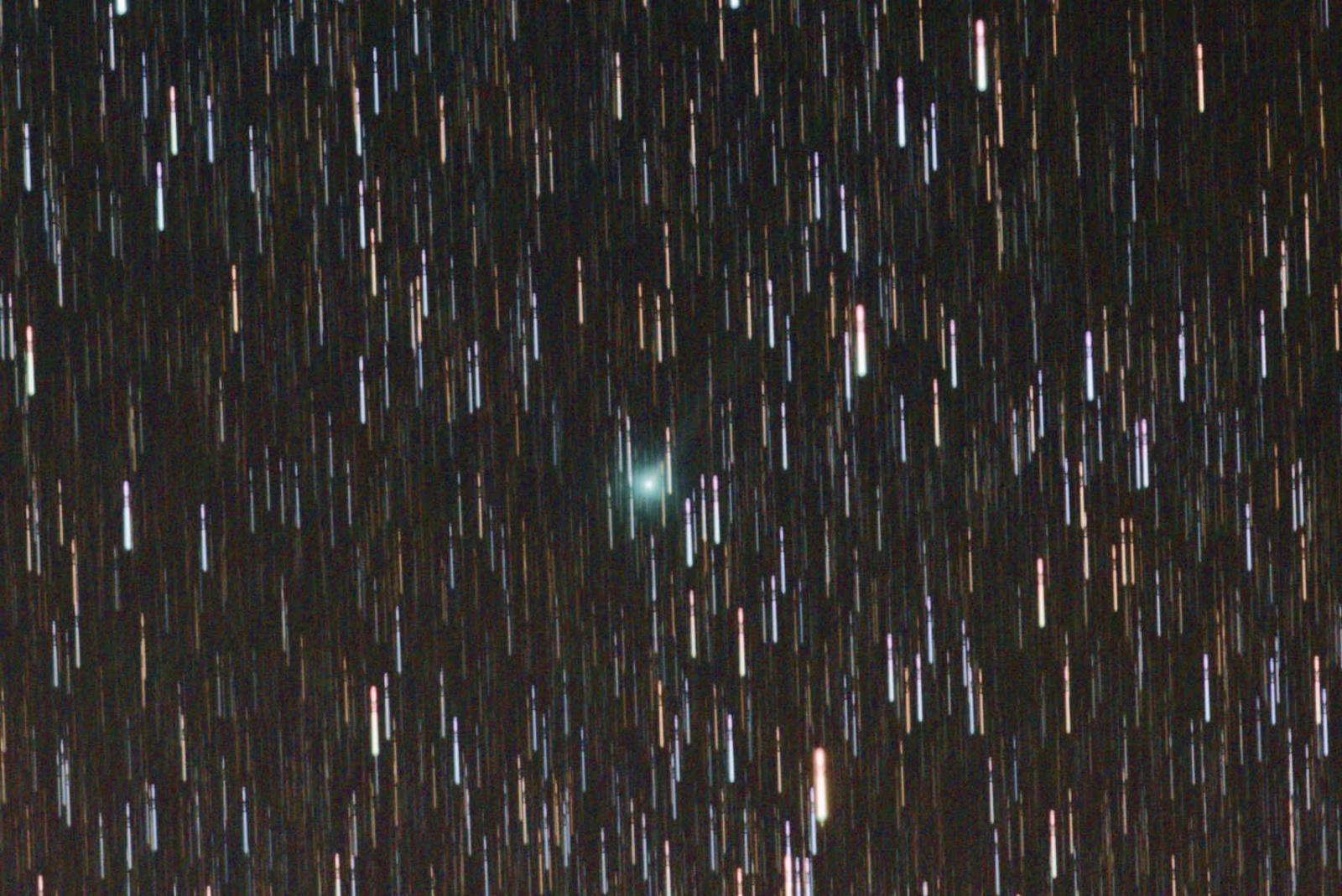 Kometa 2019 Y1 20200421_2300 crop.jpg