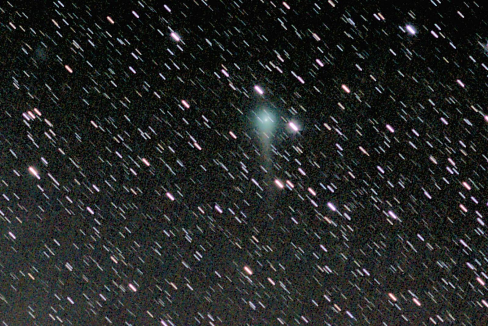Kometa C2017 T2 Panstarrs 20200519 na kometę pop crop.jpg