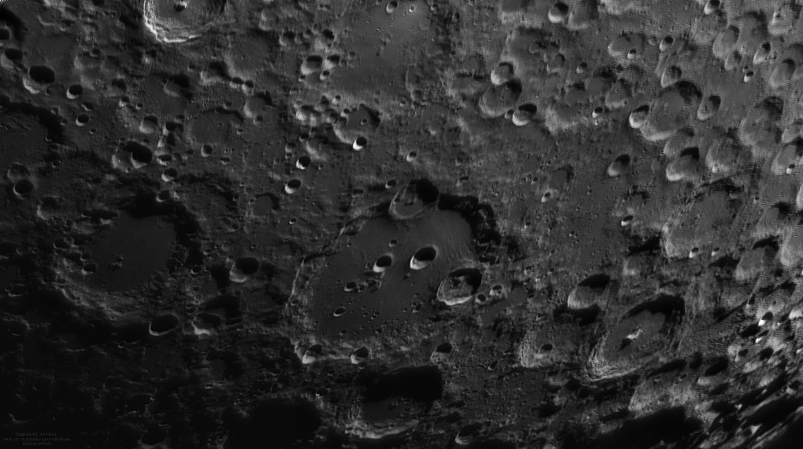 Moon_180801_020520_bd.jpg