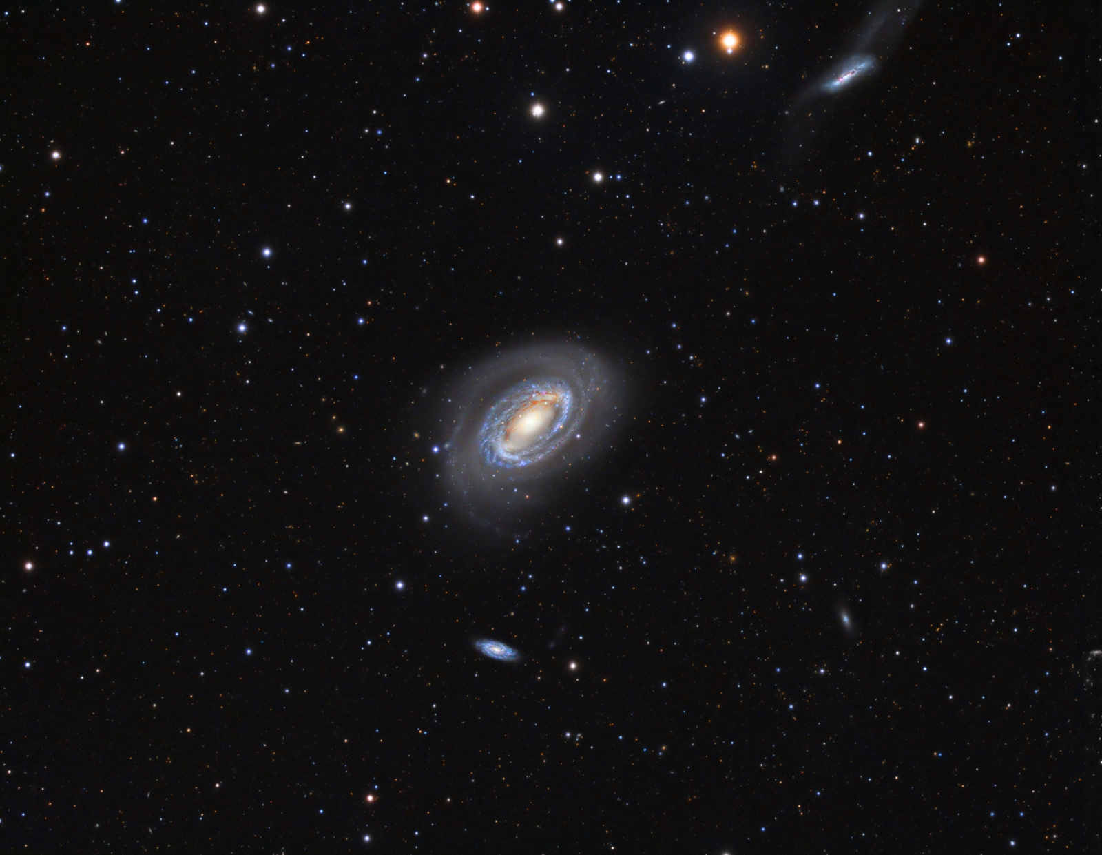 NGC4725_koniec.jpg