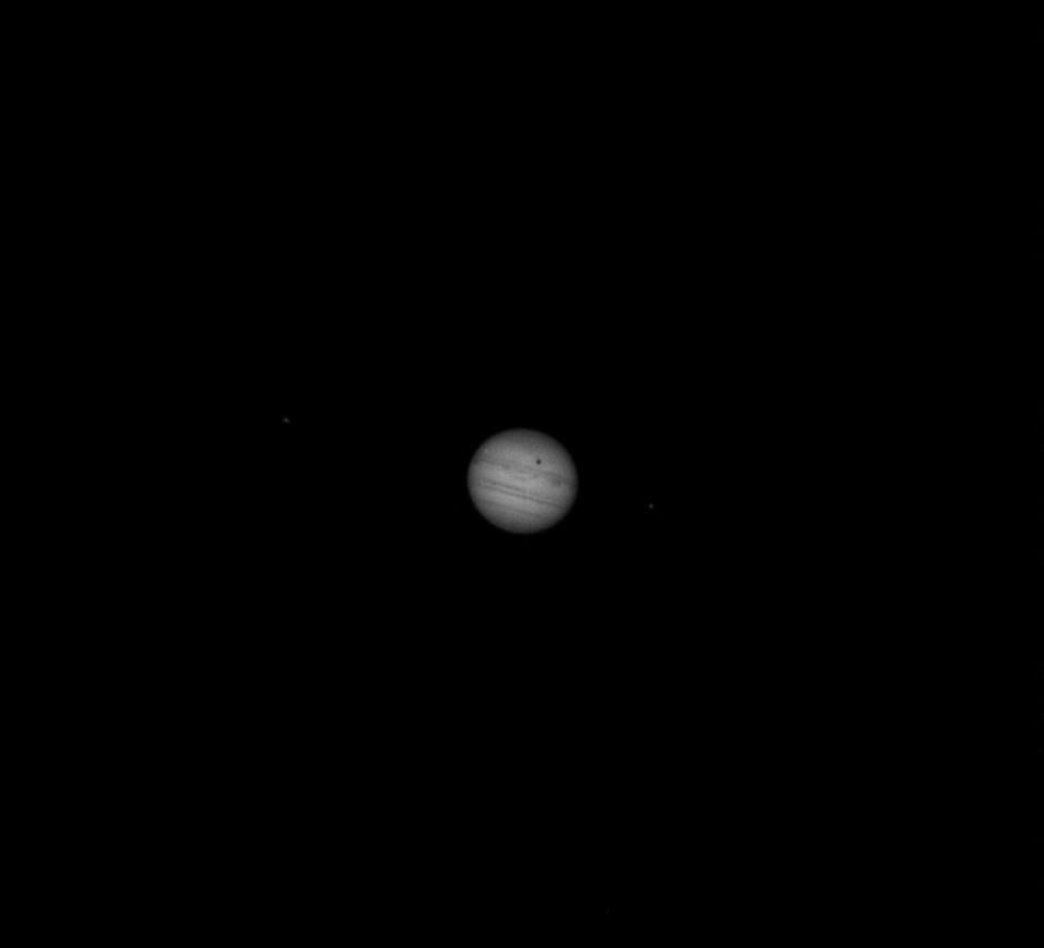 jowisz 3 ksieżyce2 J.jpg