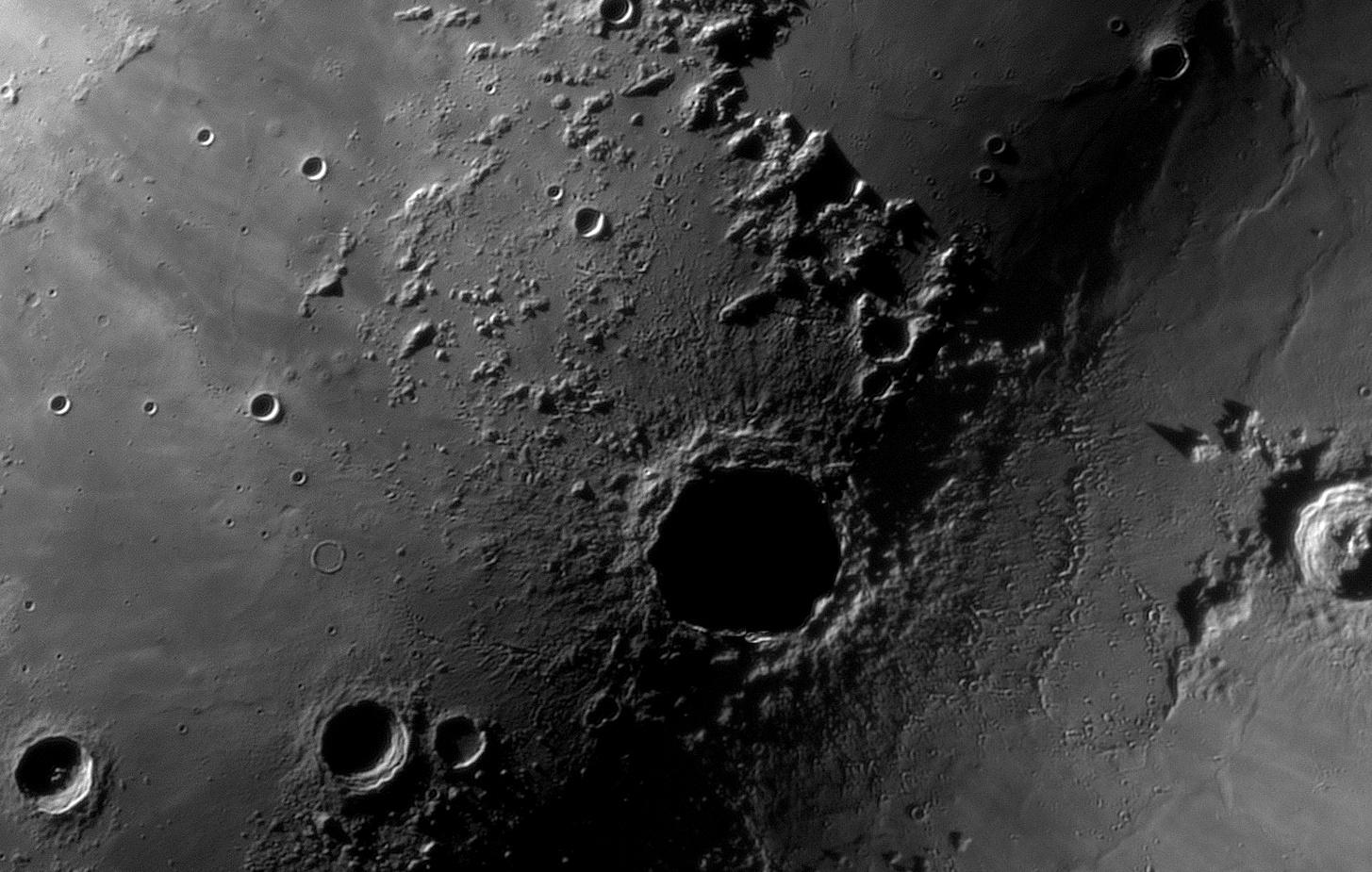 Najdziwniejsze zdjęcie Kopernika_TS152F2270_ASI290MM_Halpha 35nm_105%....jpg