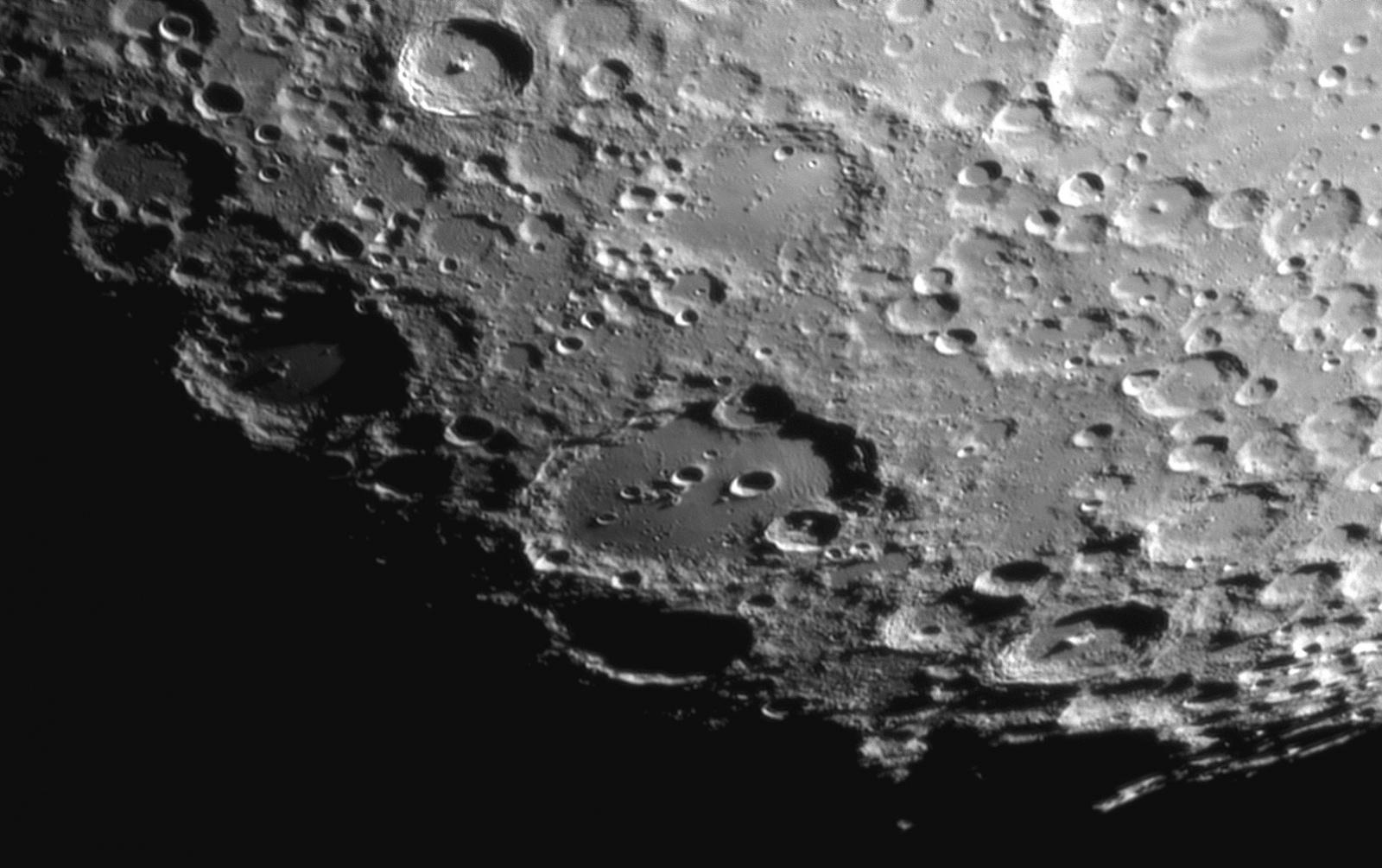 Clavius, Blancanus, Longomontanus 29.07.2020r_22.06_MAK150F1800_ASI290MM_IR.pas685nm_105%....jpg