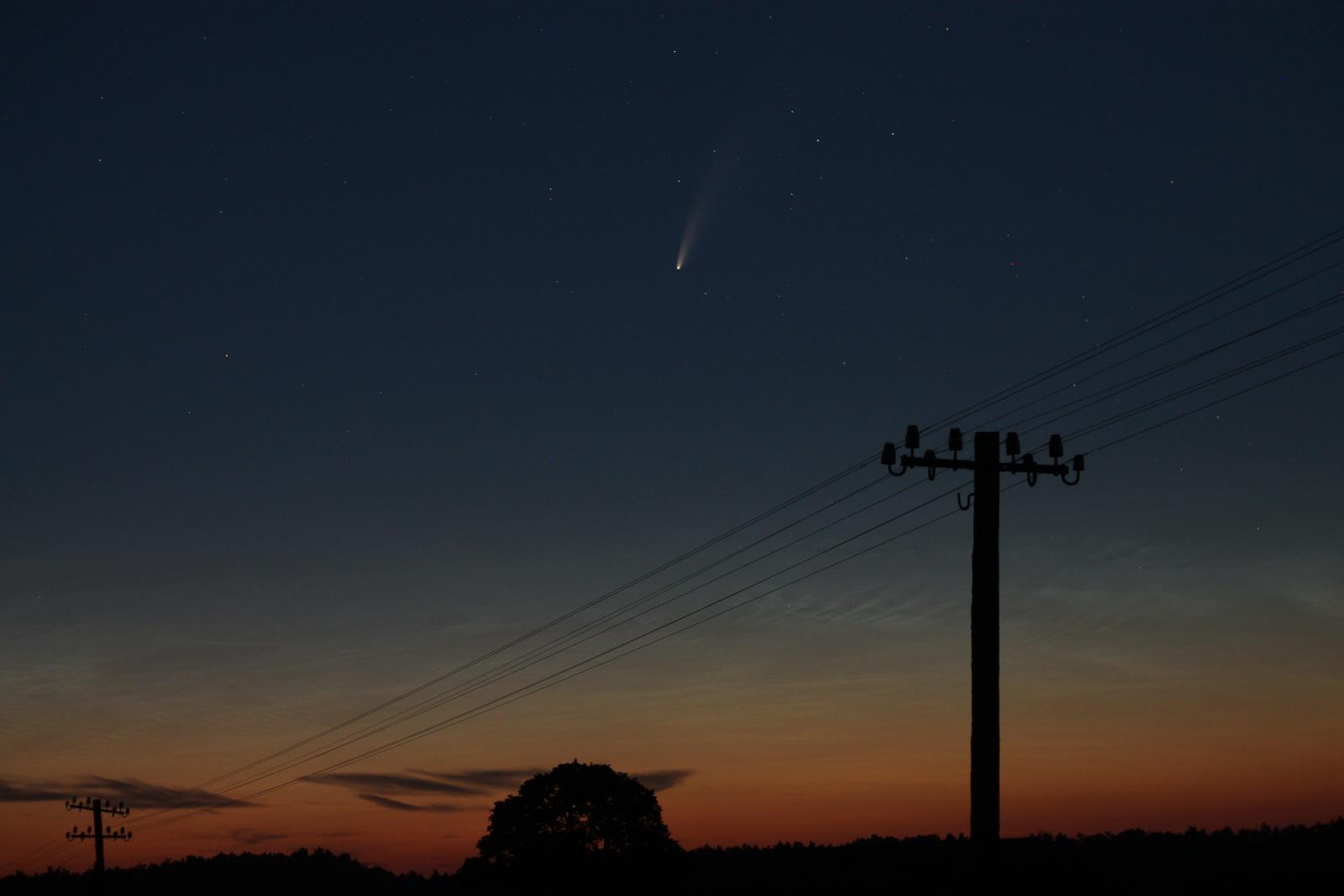 kometa C2020 F3 NEOWISE 14072020 2343.jpg