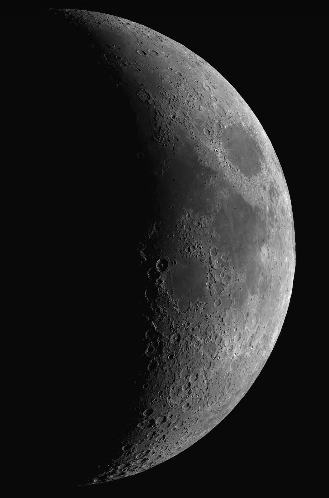 3p. mozaika Księżyca 5d1h 25.07.2020r_og.TS152F900_ASI290MM_Omegon Halpha 12nm_mozaika 105%....jpg