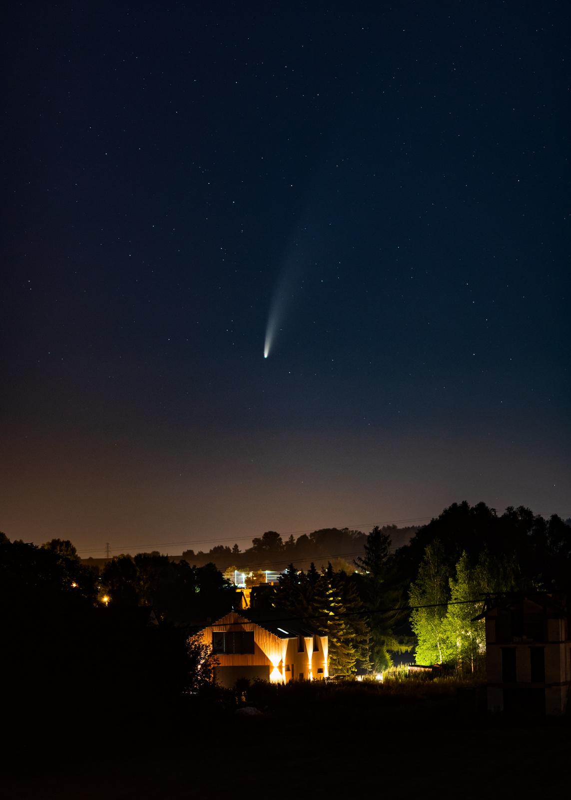 NEOWISE-D850-S105-F1.4-2s-ISO800.thumb.jpg.87ca23338db9e2c4edaf33b33b9063b6.jpg